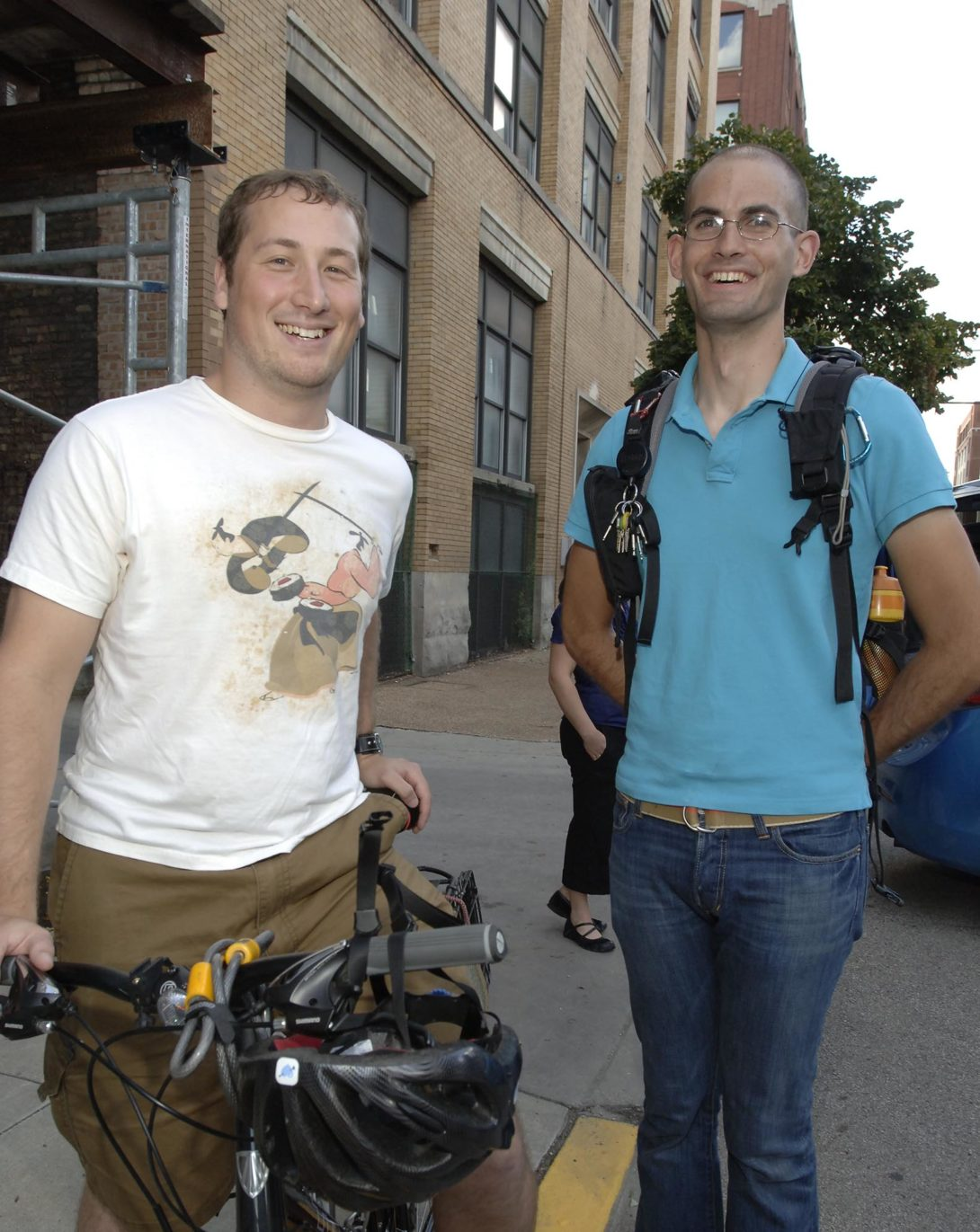Two MUPP students on bikes