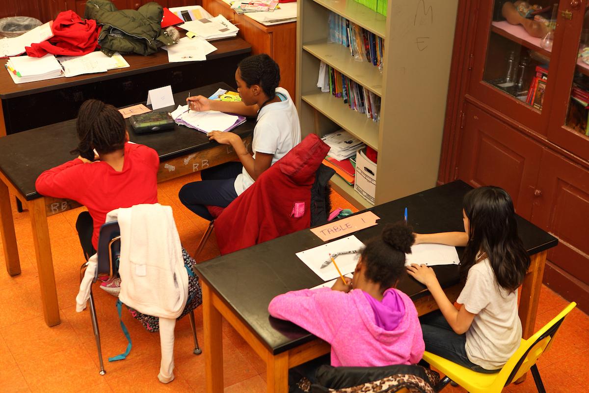 CPS students working on homework UIC ENGAGE tutoring
