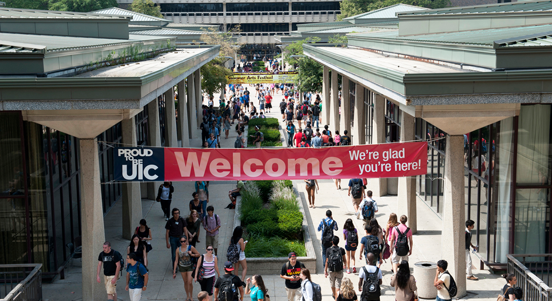 UIC Welcome Sign